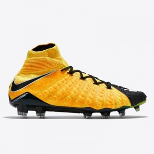 Nike Hypervenom Phantom III Dynamic Fit Firm Ground Football Boots – L