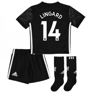 Manchester United Away Mini Kit 2017-18 with Lingard 14 printing