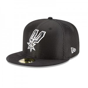 """San Antonio Spurs New Era 2017 Official On-Court 59FIFTY Fitted Cap"""