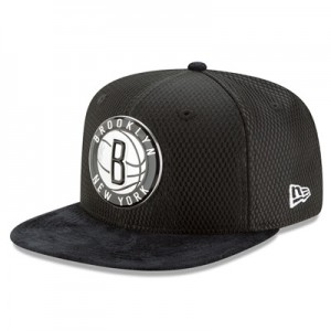 """Brooklyn Nets New Era 2017 Official On-Court 9FIFTY Snapback Cap"""