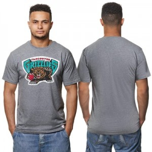 """Vancouver Grizzlies Hardwood Classics Distressed Print T-Shirt – Grey """