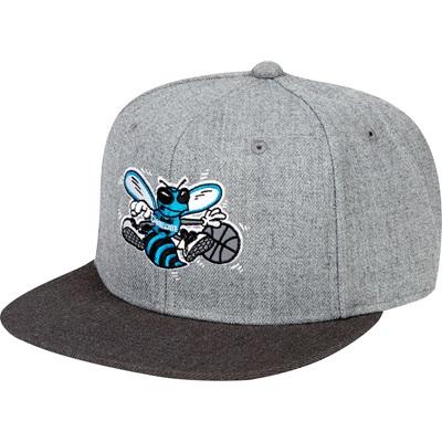 """Charlotte Hornets Hardwood Classics Embroidered Logo Snapback Cap"""