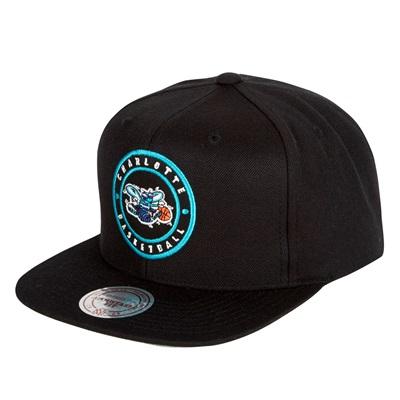 """Charlotte Hornets Hardwood Classics Circle Patch Snapback Cap"""