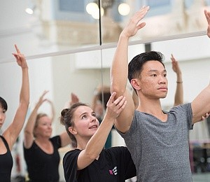 ENB Adult Ballet Workshop: Le Corsaire at Milton Keynes Theatre