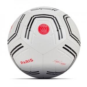 Paris Saint-Germain x Jordan Strike Football
